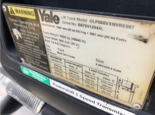 42) montacargas yale 3750 lbs. 2013
