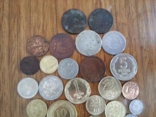 44 diferentes monedas antiguas chilenas