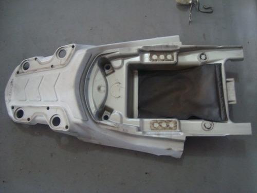 4473 - acabamento plastico alça bros 150 - injetada