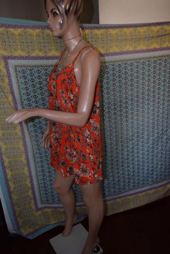 47 street mono short color naranja floreado promo
