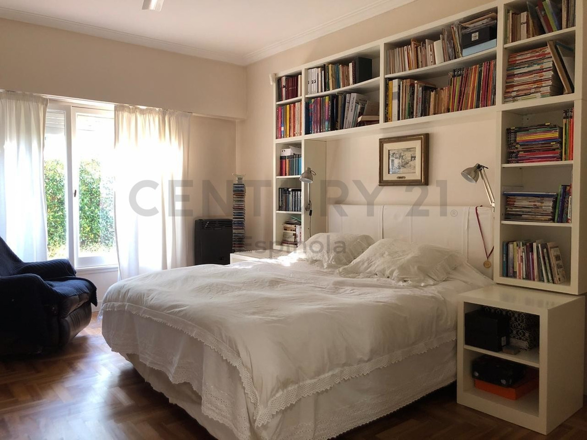 472 y 15, city bell - vende casa 3 dormitorios