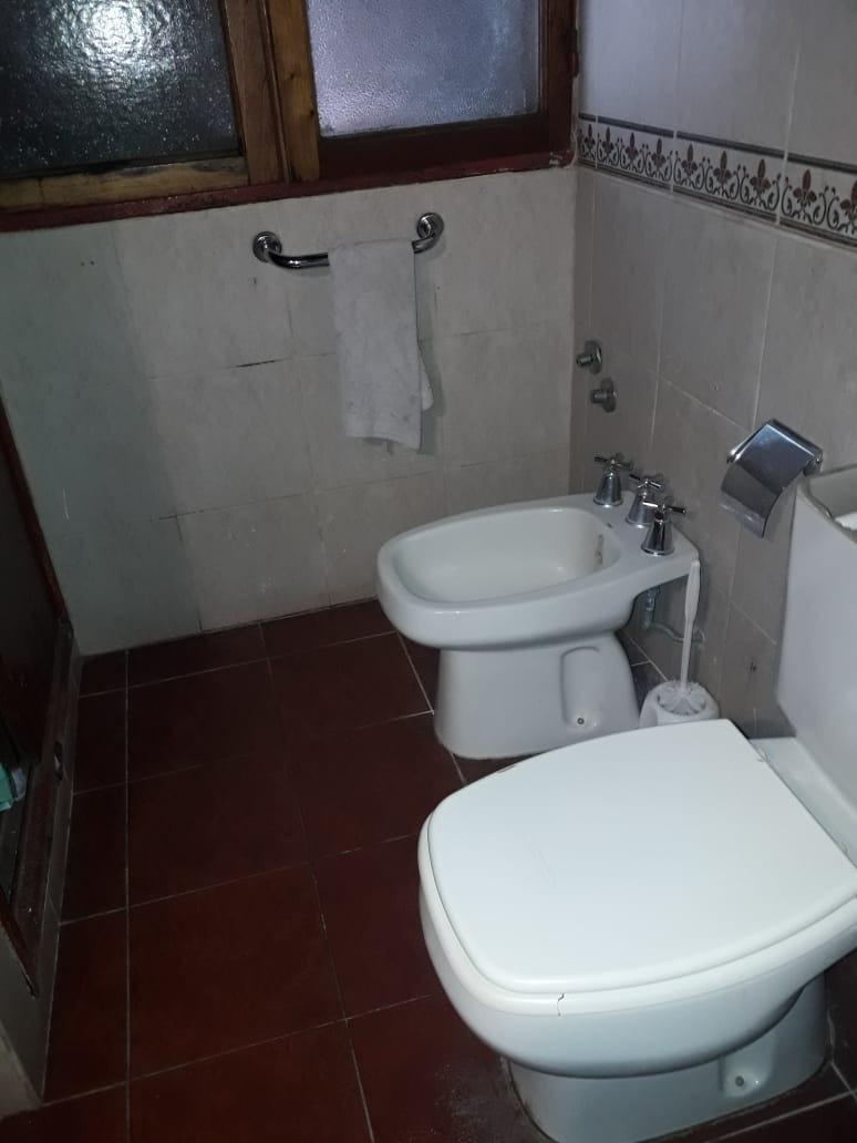 491 bis e 18 y 19 - casa gonnet - 2 dormitorios - 2 cocheras