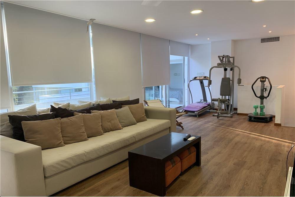 4dorm-play room-family room- piscina-jacuzzi-y más