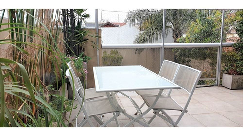 5 amb, jardín y piscina propia, jacuzzi, 2 coch.