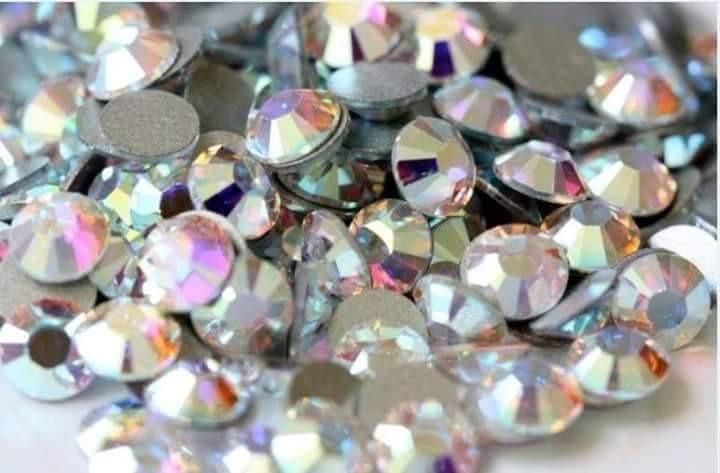 5 cartera tornasol piedra cristal decoraci n u as for Decoracion de unas con piedras swarovski