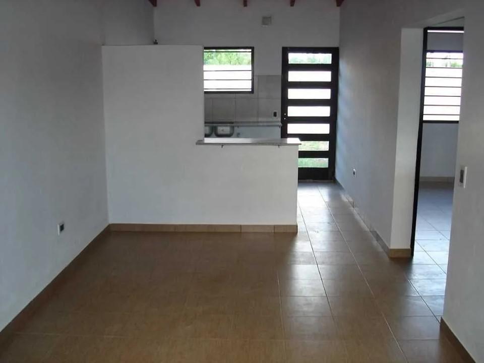 5 e/ 97 y 98, villa elvira, la plata casa en alquiler