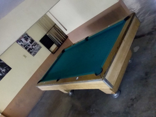5 mesas de billar   3 pool  & 2 carambola