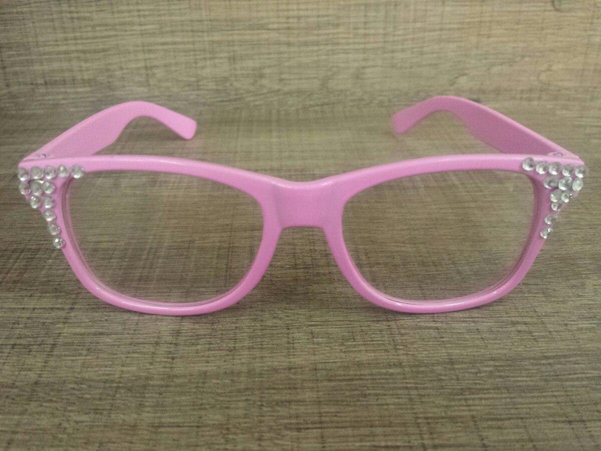 7aa2159fc6987 5 óculos larissa manoela sbt cúmplice de um resgate sbt. Carregando zoom.