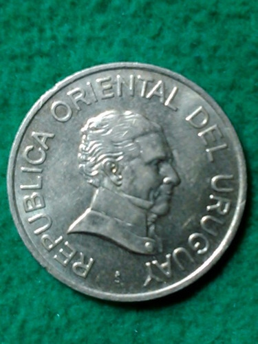 5 pesos. uruguay. 2008