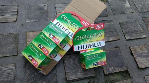 5 rollo fuji film 35mm 24 vencido 2010  probados  (7280)