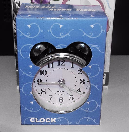 e5838a8f758 5 Und Relógio Despertador Analógico Clássico Antigo Pilha - R  149 ...