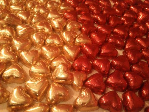 50 bombones corazon de chocolate  rellenos o macizos