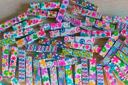 50 broches estampados 3.5 cm. x 6 mm.  unicos !!