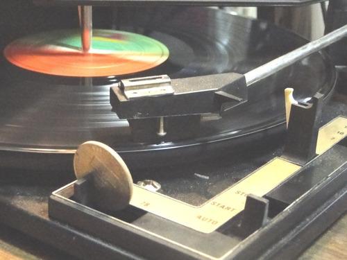 50 discos de  vinilo sin tapa