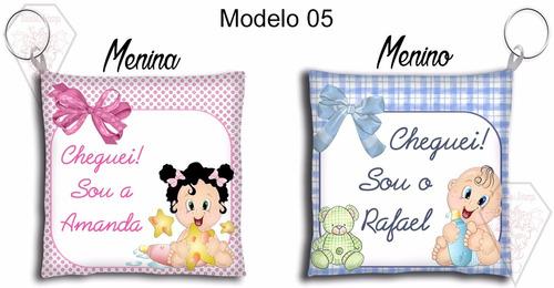50 lembrancinhas chaveiro almofada maternidade batizado