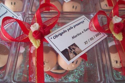 50 lembranicnhas de casamento , casal de noivinhos