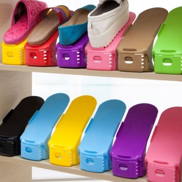 c7d386912 50 Organizadores Rack Sapato Sapateiras Varias Cores - R$ 390,00 em Mercado  Livre