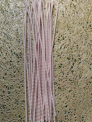 50 pabilos encerados #18 de 10 cm cada uno con portapabilos