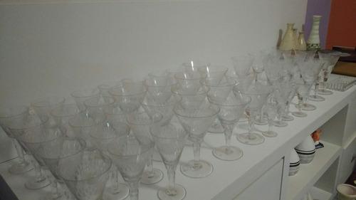 50 taças de cristal lapidado do ano 20