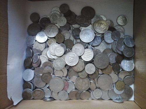 500 moedas antigas nacionais com réis