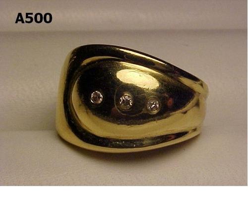 #500a - anel grosso em ouro 18k com diamantes