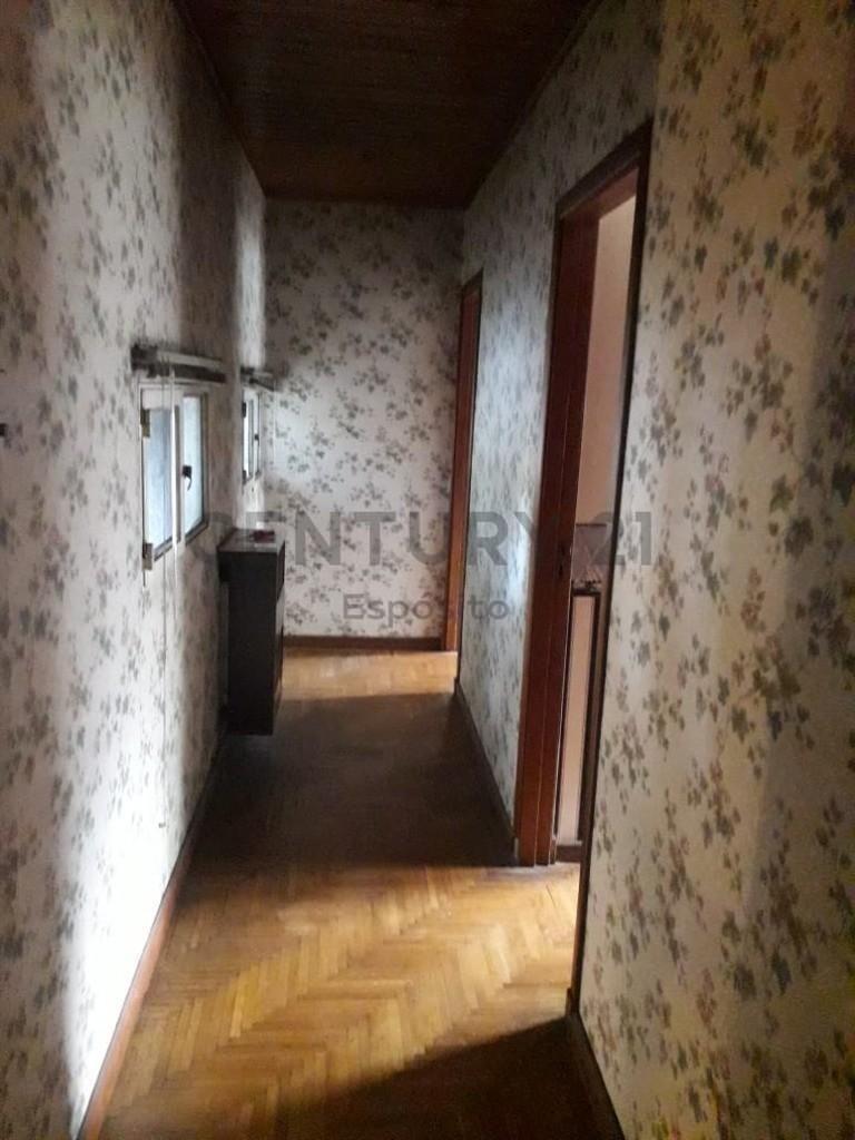 501 e/ 12 y 13, excelente ubicación. casa 4 dormitorios