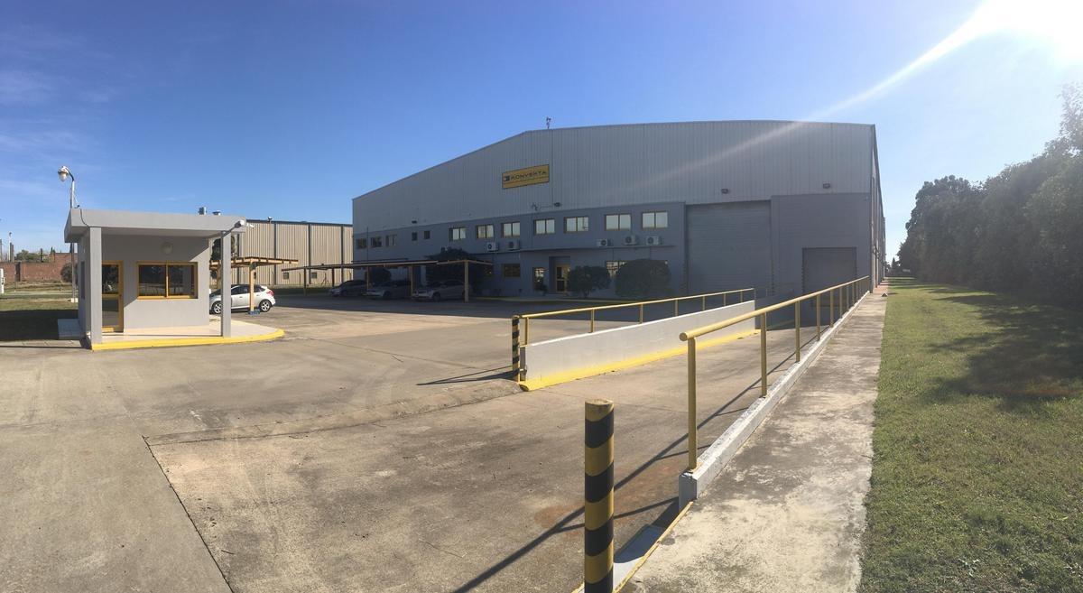 5100 m2 cubiertos en el parque industrial pilar