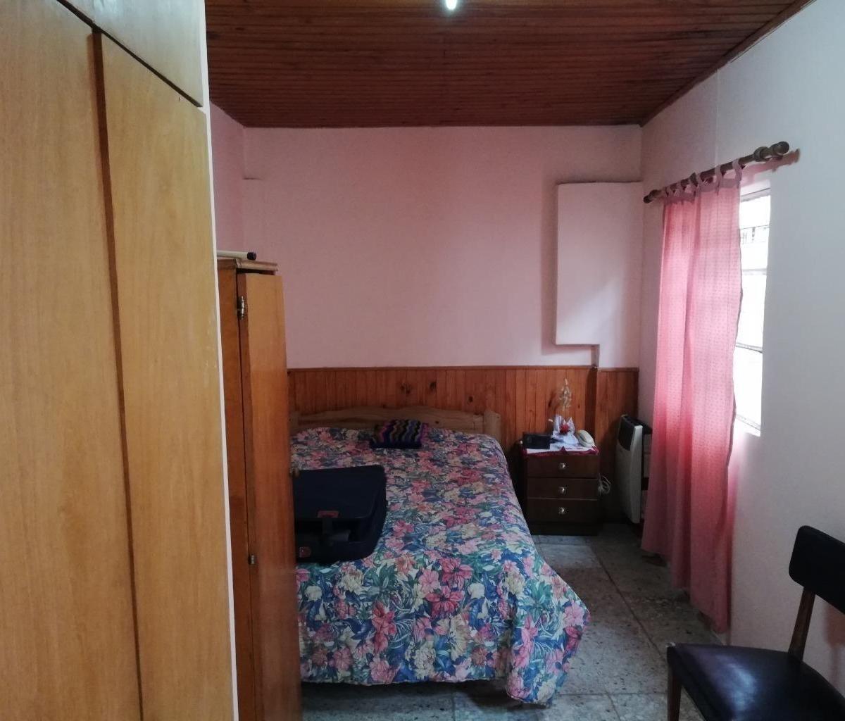 523 117 y 118 casa 2 dormitorios