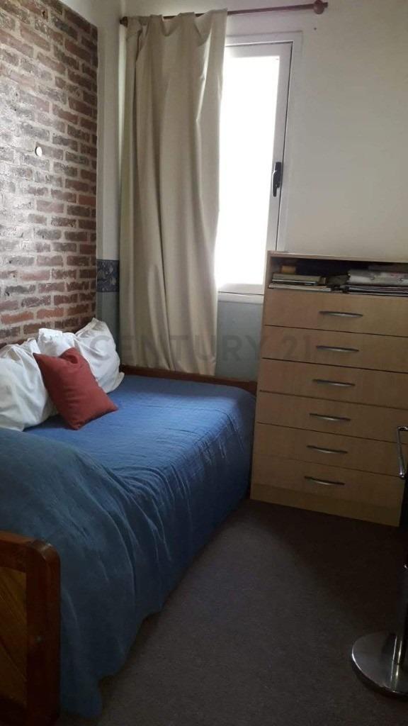 524 entre 5 y 6. duplex con dos habitaciones en venta, tolosa.-