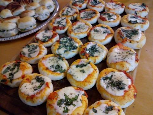 54 pizzetitas copetin con muzarella - envio s/cargo capital