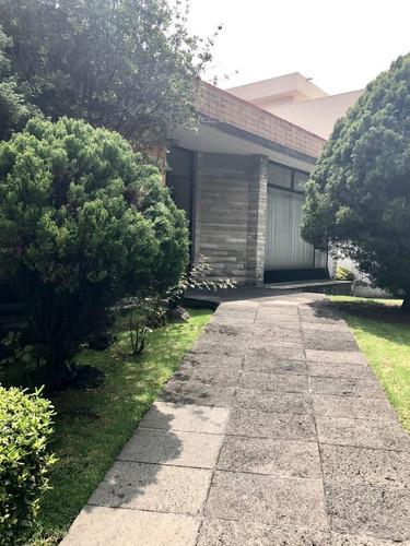555- venta de preciosa casa para oficinas en palmas