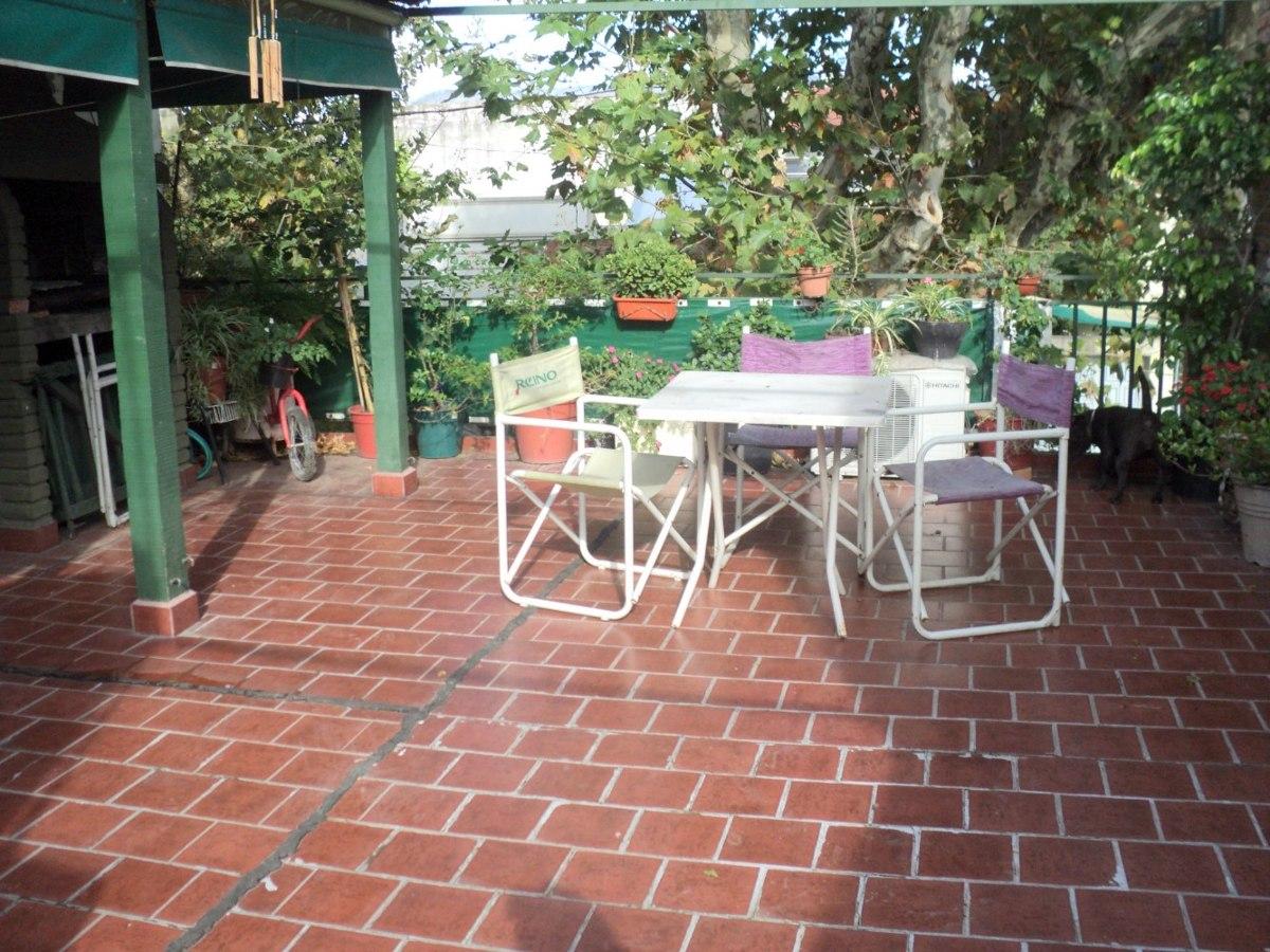 56 casa 3 ambientes, patio, terraza.