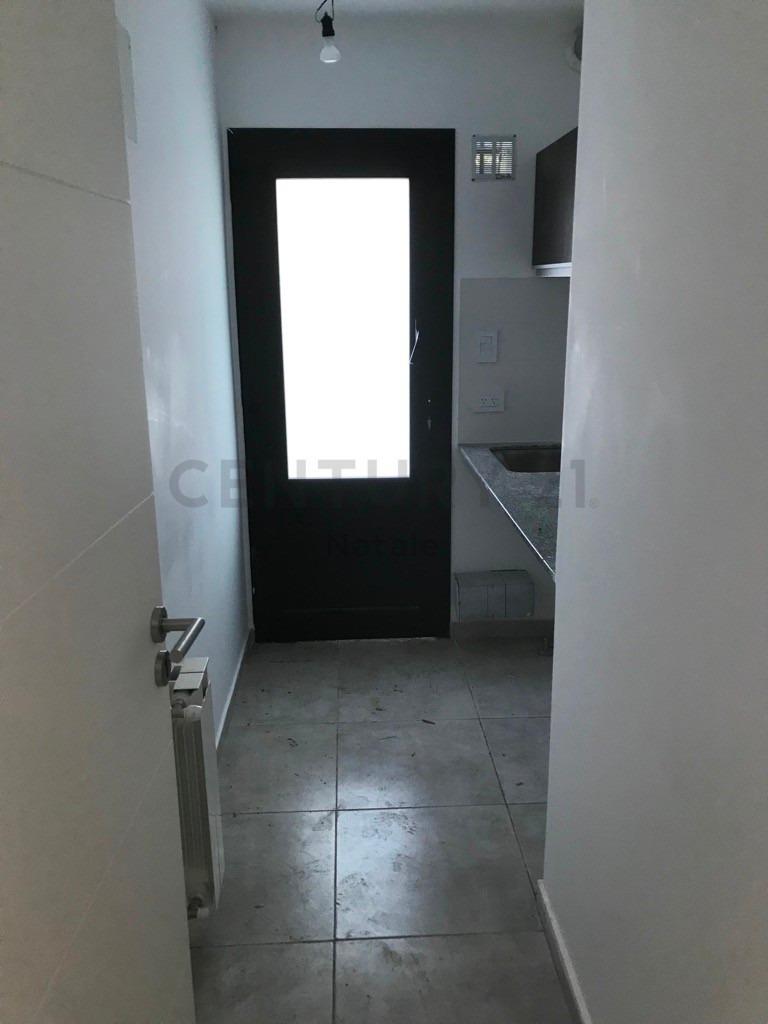 57 entre 7 y 8, casa a estrenar con 2 dormitorios en venta, villa elisa.-