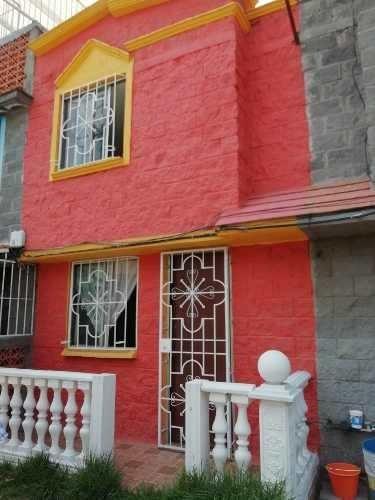 $590,000 casa 2 niveles, en privada, en las torres tultitlán