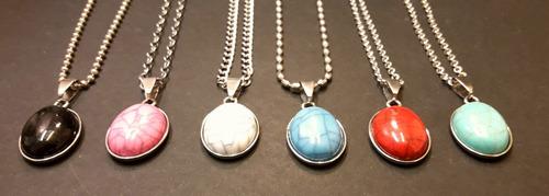 6 cadenas con dijes  piedra marmolada ovalada acero x mayor