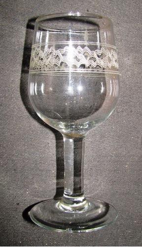 6 copas de cristal con guarda altura 13 cms.
