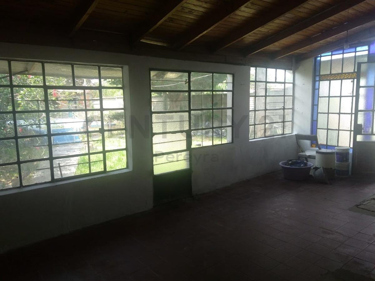 6 entre 614 y 615. casa de 2 dormitorios en venta.