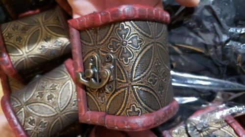 6 gemas del infinito avengers + cofre madera thanos iron man
