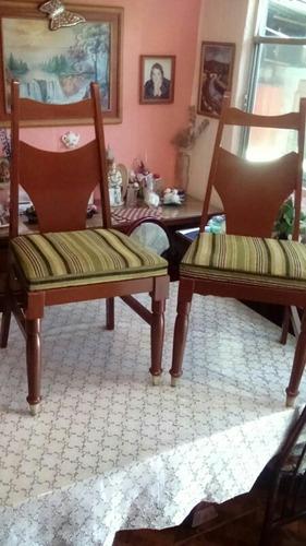 6 lindas sillas de muy buena madera, casi nuevas buen precio