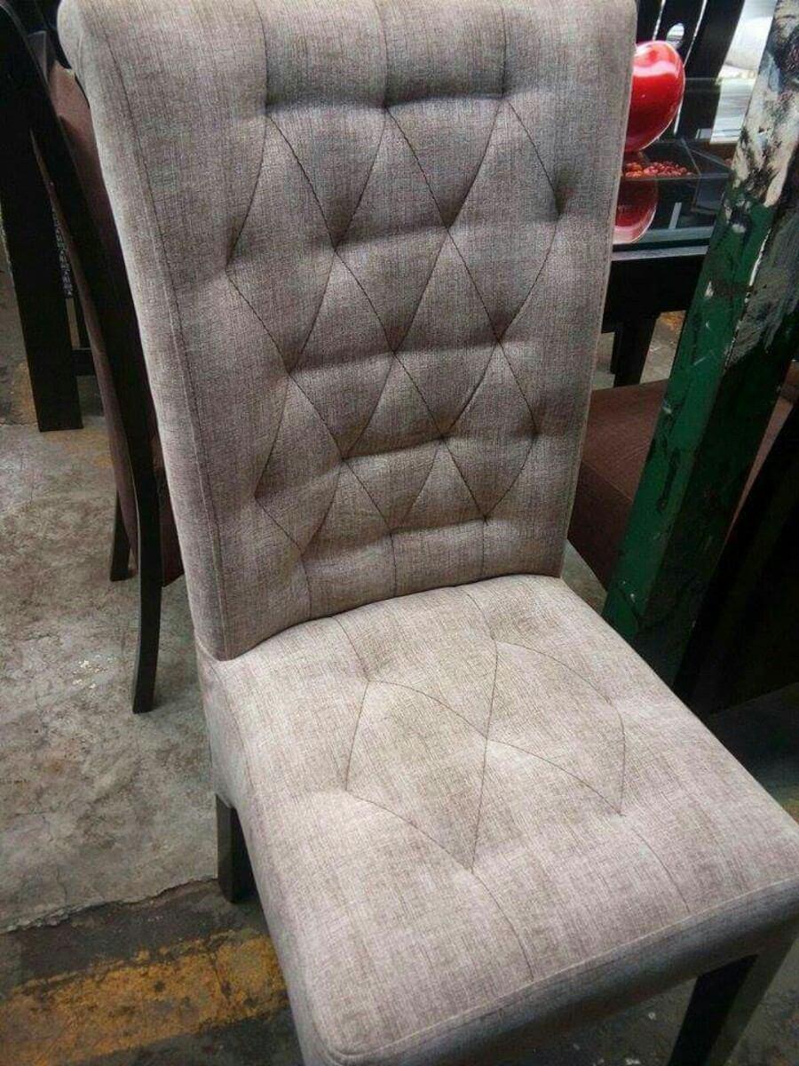 6 sillas sola a 1100 soles tapizados en acabado parafinico for Fabricantes sillas peru