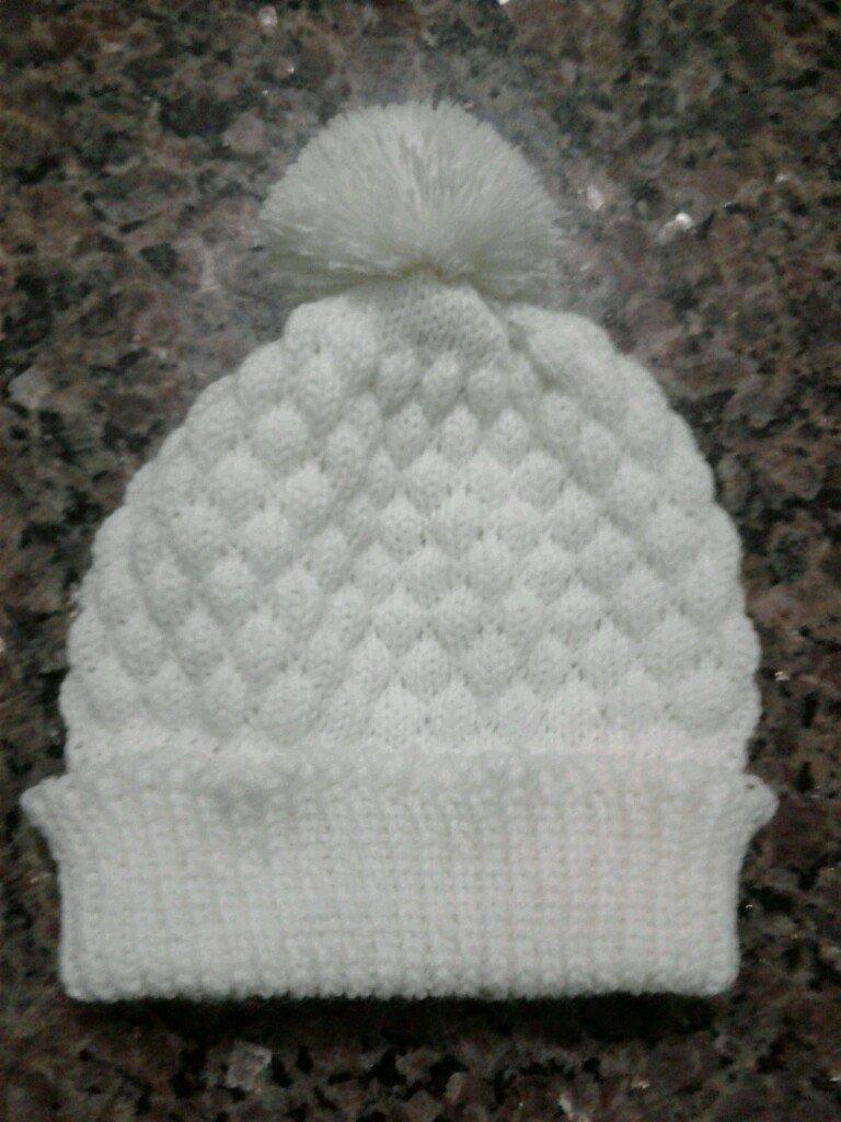8318138df05b1 6 toucas de tricô para bebê recém nascido. Carregando zoom.