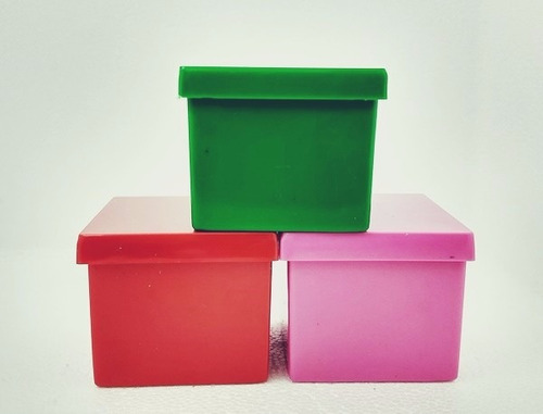 60 caixinhas de acrílico 4x4x3,3cm - festinha da moranguinho