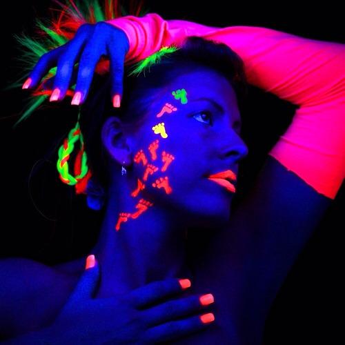 60 crayones fluorescentes neon maquillaje fiesta glow