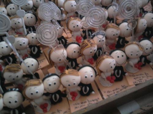 60 lembrancinhas de casamento em biscuit com porta recado
