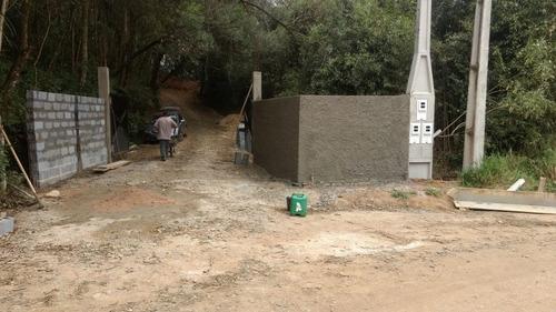 600 m2 em ibiuna, todo fechado, acesso somente compradores.