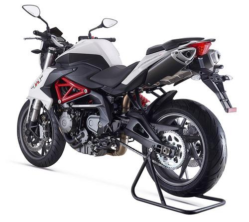 600 naked motos benelli tnt