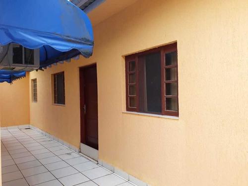 624-belissima casa a venda 200 mts quadrados. 3 dormitórios