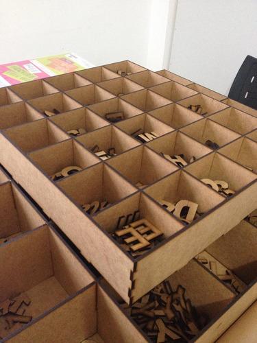 650 letras em mdf 3 cm altura + 100 números e caixa 33x 44cm