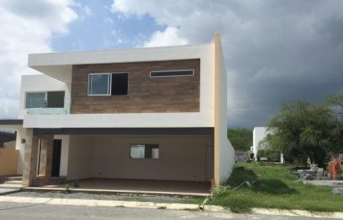 6881  casa en venta en carretera nacional, amorada residencial
