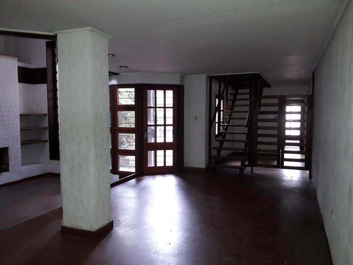 7 ambientes amplios, garage, destino comercial, profesional.